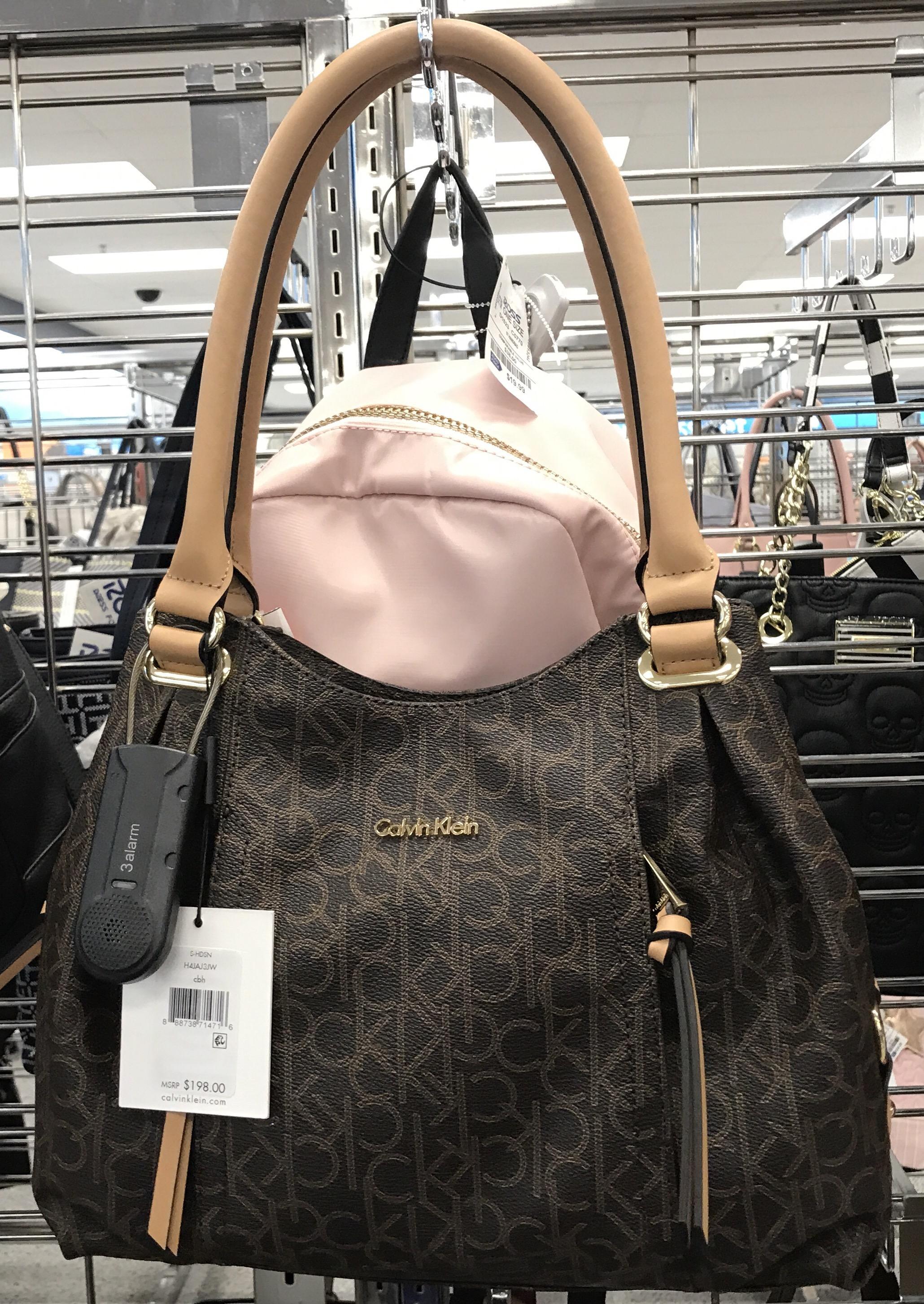 Qual o melhor lugar para comprar bolsas em Orlando  – modaniblog f2187b0347